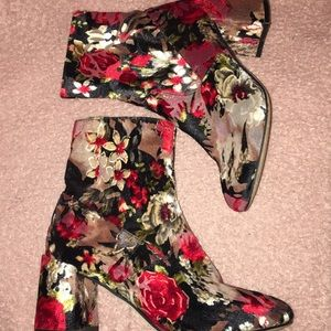 Floral Ankle Boots / Booties
